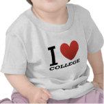 Amo la universidad camisetas