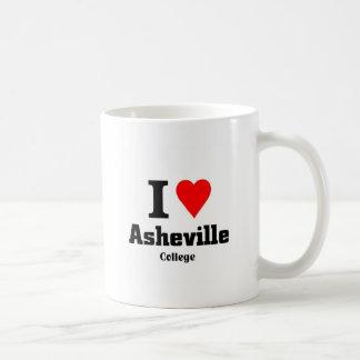 Amo la universidad de Asheville Taza Clásica