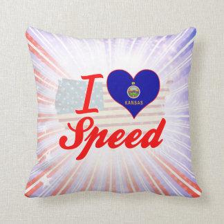 Amo la velocidad, Kansas Almohada