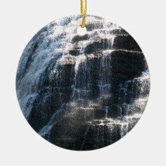 ¡Amo las caídas de Ithaca, Nueva York! Adorno Redondo De Cerámica