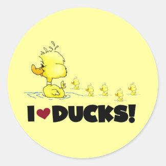 Amo las camisetas y los regalos de los patos pegatina redonda