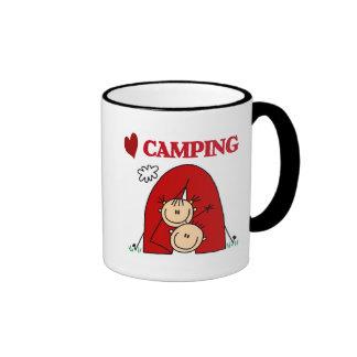 Amo las camisetas y los regalos que acampan tazas de café