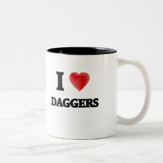 Amo las dagas taza de dos tonos