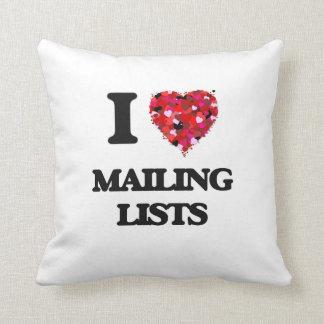 Amo las listas de personas a quienes se mandan almohada