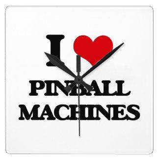Amo las máquinas de pinball reloj cuadrado