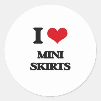 Amo las mini faldas etiquetas redondas