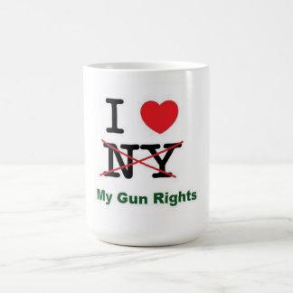 Amo las mis derechas del arma taza
