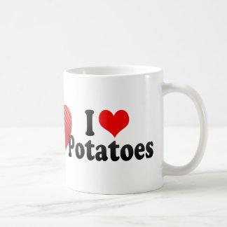 Amo las patatas taza de café
