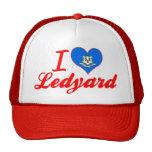 Amo Ledyard, Connecticut Gorros