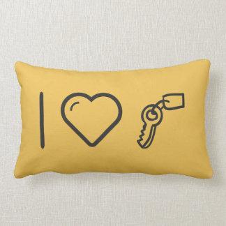 Amo llaves hechas a mano almohada