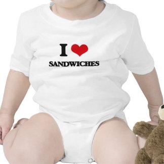 Amo los bocadillos traje de bebé