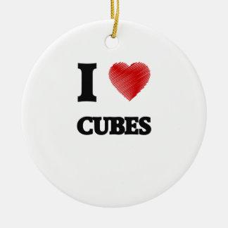 Amo los cubos adorno navideño redondo de cerámica