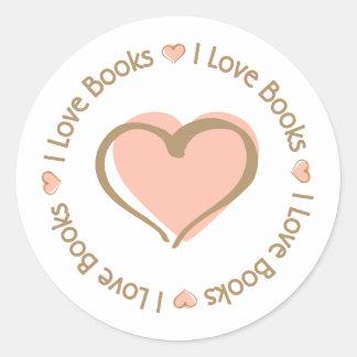 Amo los libros del corazón pegatina redonda