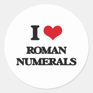 Amo los números romanos pegatina redonda