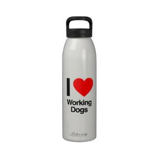 amo los perros de trabajo botella de agua reutilizable