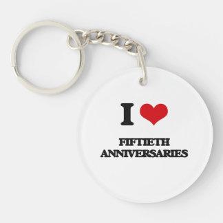 Amo los quincuagésimos aniversarios llavero redondo acrílico a una cara