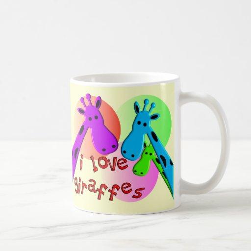 Amo los regalos de las jirafas taza básica blanca