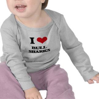Amo los tiburones de Bull Camisetas