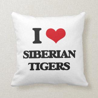 Amo los tigres siberianos cojines