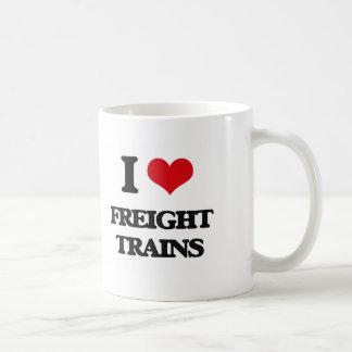 Amo los trenes de carga taza básica blanca