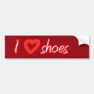 Amo los zapatos etiqueta de parachoque