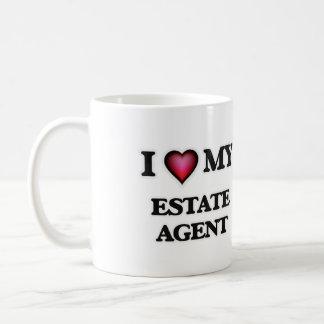 Amo mi agente de la propiedad inmobiliaria taza