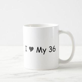 Amo mi amor de 36 I mis regalos por Gear4gearheads Taza Clásica
