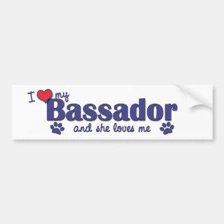 Amo mi Bassador el perro femenino Etiqueta De Parachoque