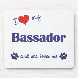 Amo mi Bassador (el perro femenino) Tapete De Ratón