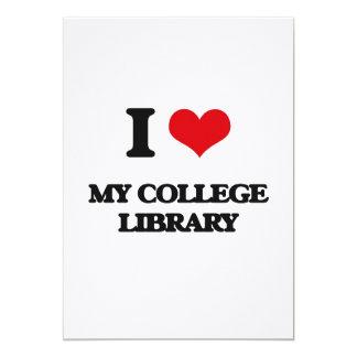 Amo mi biblioteca de universidad invitación 12,7 x 17,8 cm