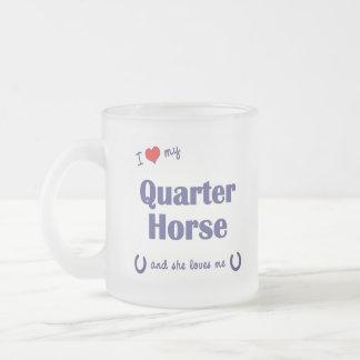 Amo mi caballo cuarto (el caballo femenino) taza de café