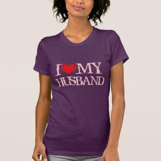 Amo mi camiseta del marido para el corazón del polera