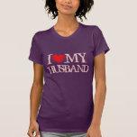 Amo mi camiseta del marido para el corazón del ros
