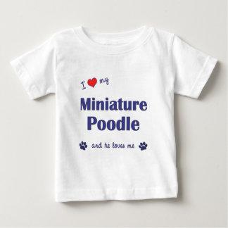 Amo mi caniche miniatura (el perro masculino) playera de bebé