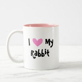 Amo mi conejo (el pelo liso del oído uppy) taza de dos tonos
