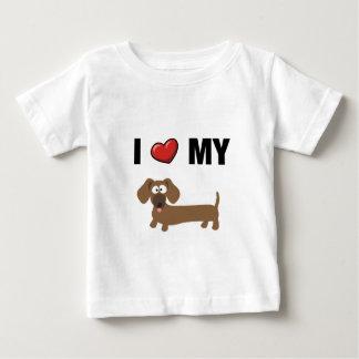 Amo mi dachshund playera de bebé
