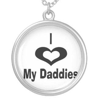 Amo mi diseño del papá de los papás con el corazón collar plateado