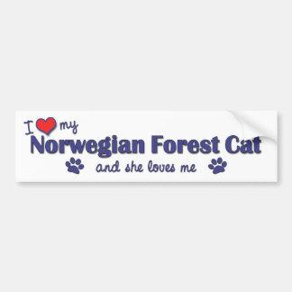 Amo mi gato noruego del bosque (el gato femenino) pegatina de parachoque