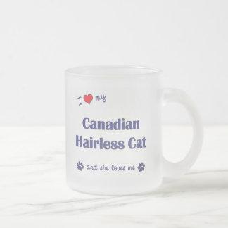 Amo mi gato sin pelo canadiense (el gato femenino) taza de cristal