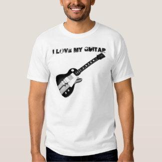 Amo mi guitarra… más que mi novia camisas