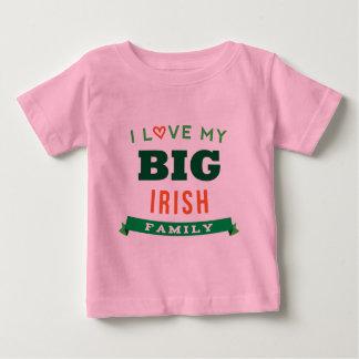 Amo mi idea irlandesa grande de la camiseta de la playeras