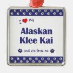 Amo mi Klee de Alaska Kai (el perro femenino) Adorno Para Reyes