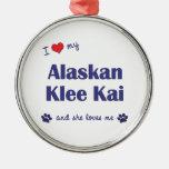 Amo mi Klee de Alaska Kai (el perro femenino) Ornatos
