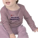 Amo mi Malamute de Alaska (el perro femenino) Camiseta