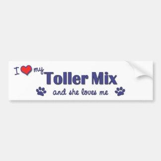 Amo mi mezcla del Toller el perro femenino Pegatina De Parachoque