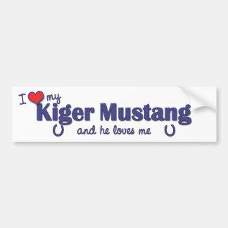 Amo mi mustango de Kiger (el caballo masculino) Etiqueta De Parachoque