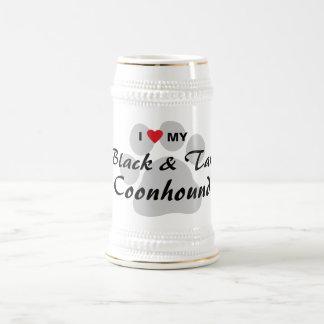 Amo mi negro y bronceo el Coonhound Jarra De Cerveza
