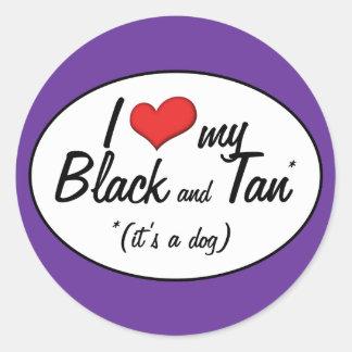 Amo mi negro y bronceo (es un perro) pegatina redonda