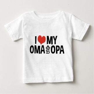 Amo mi Oma y Opa Playera De Bebé