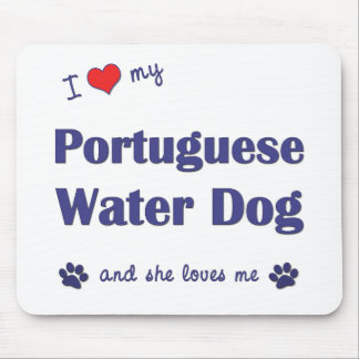 Amo mi perro de agua portugués (el perro femenino) tapete de raton